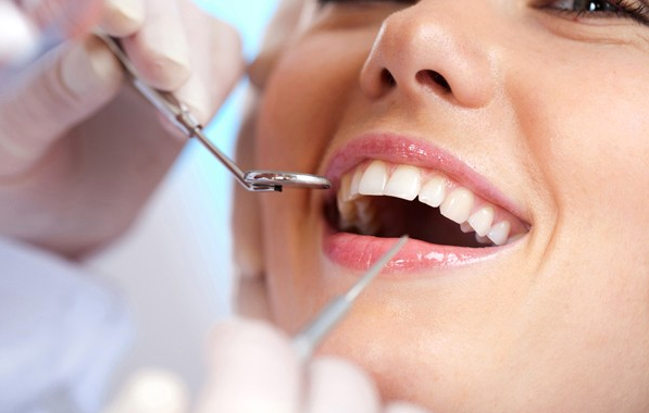 Consult for free and go for a perfect teeth implant